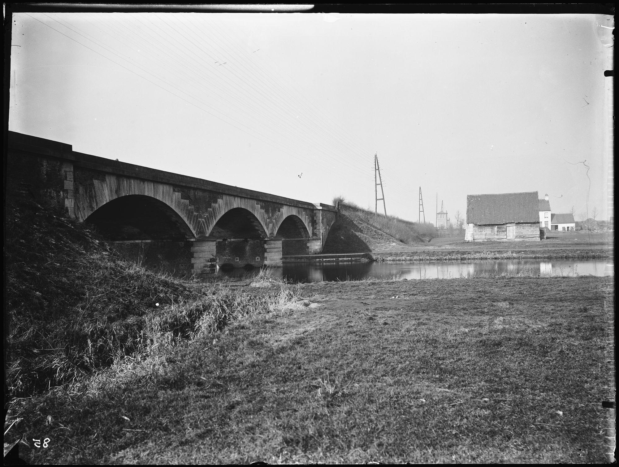 Spoorwegbrug over de Leie rond 1850