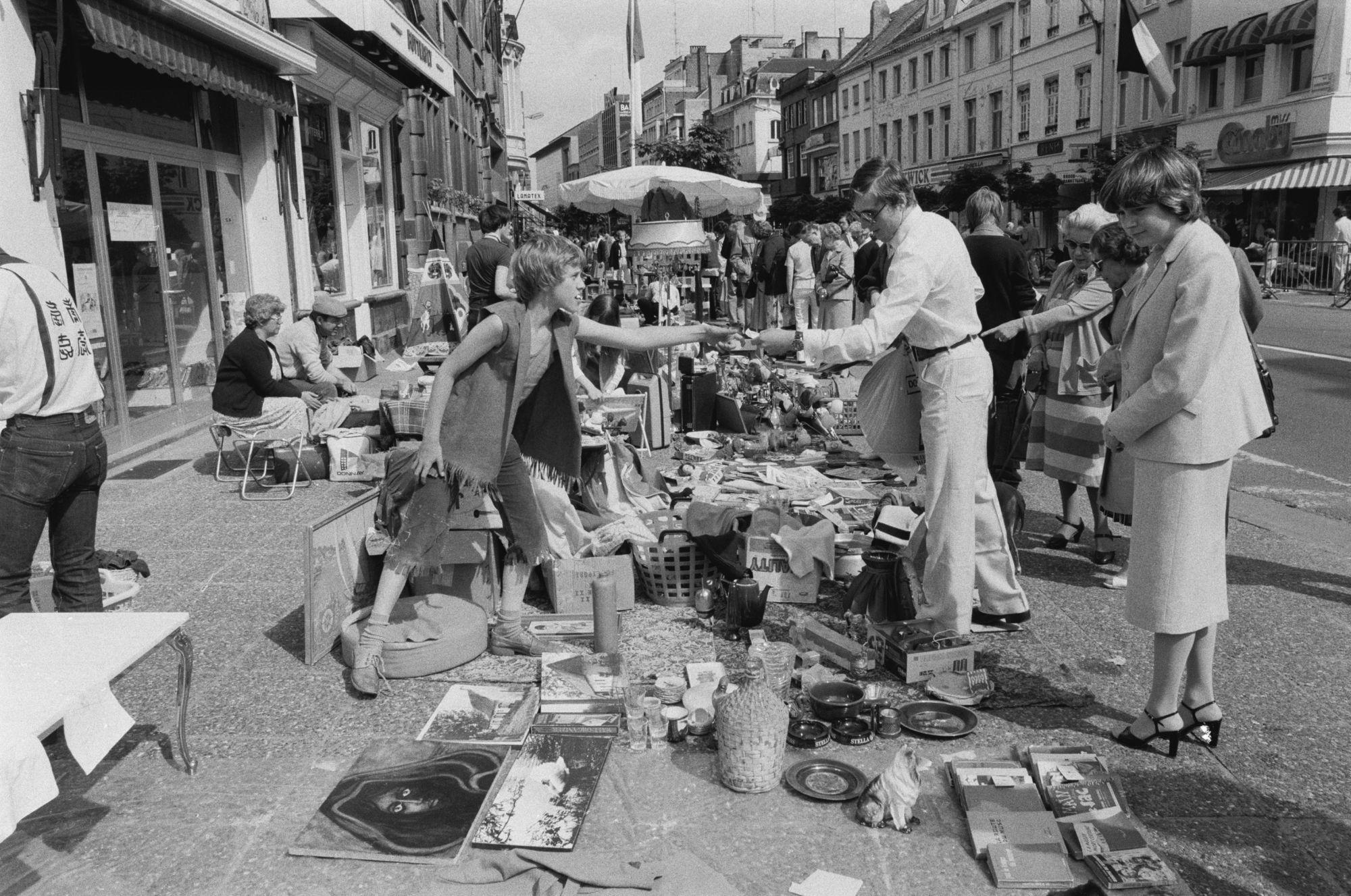 Rommelmarkt op de Sinksenfeesten 1981