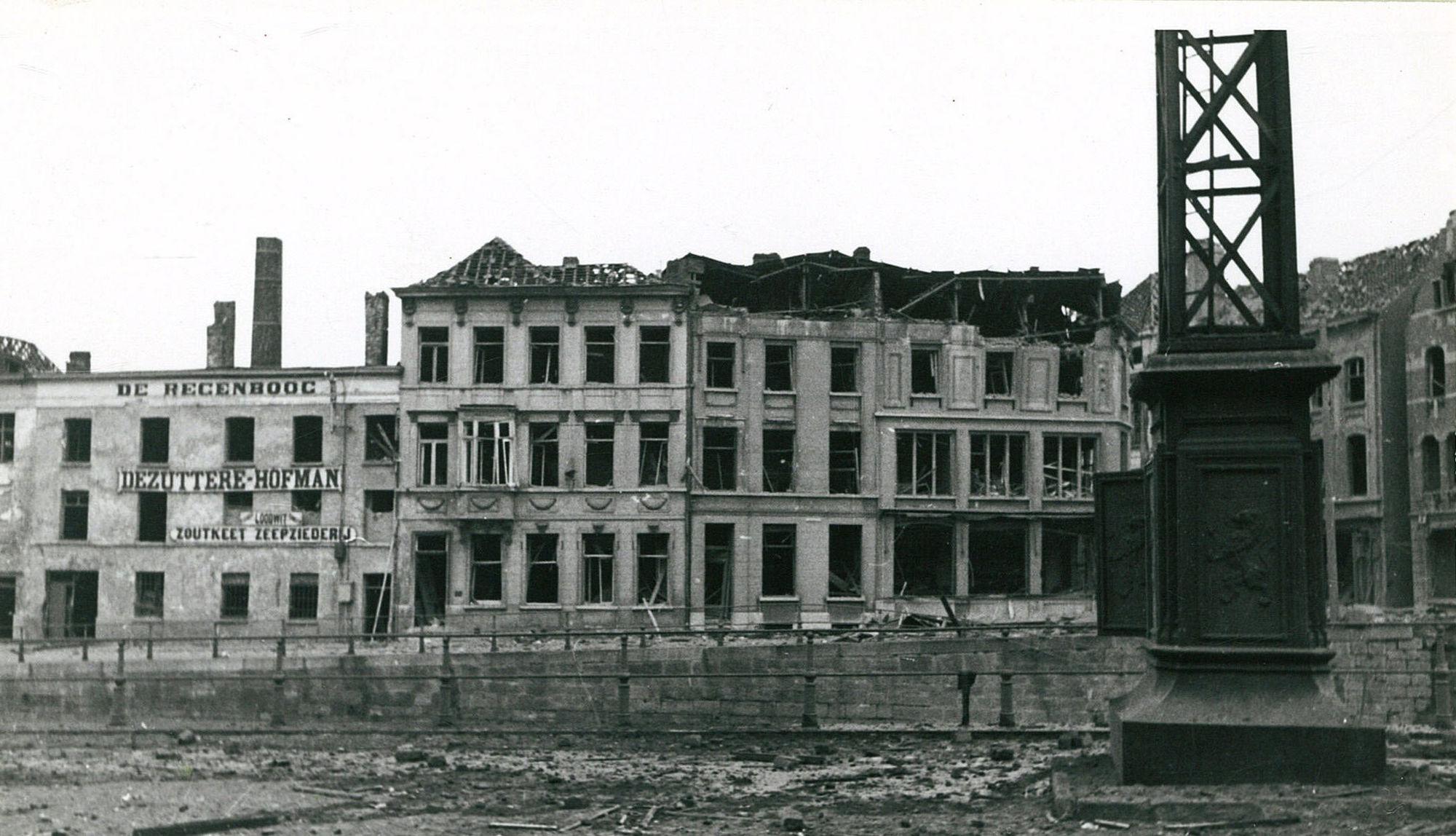 Reepkaai en Dolfijnkaai in 1940
