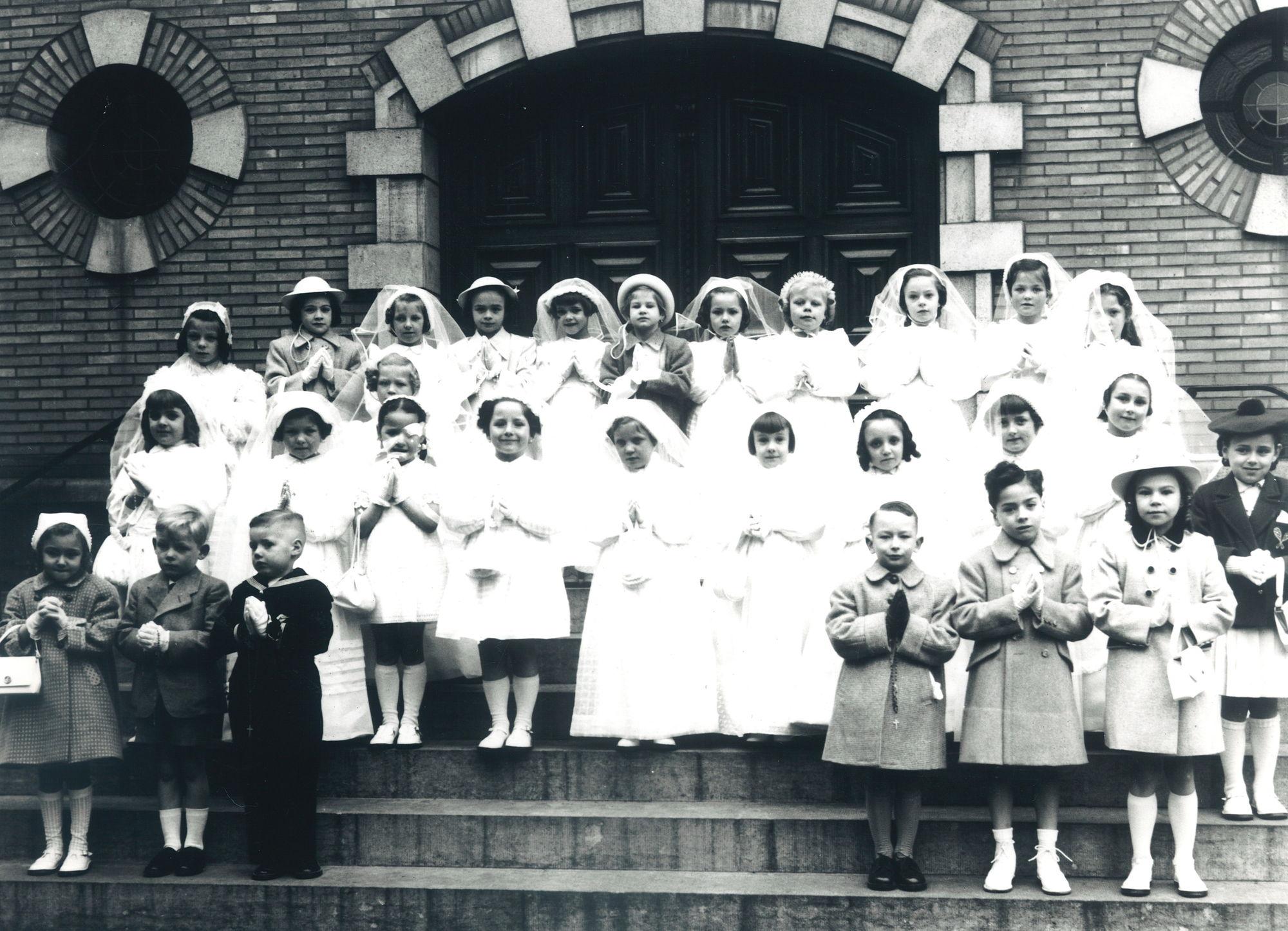 Eerste Communie O.-L.-Vrouw van Bijstand