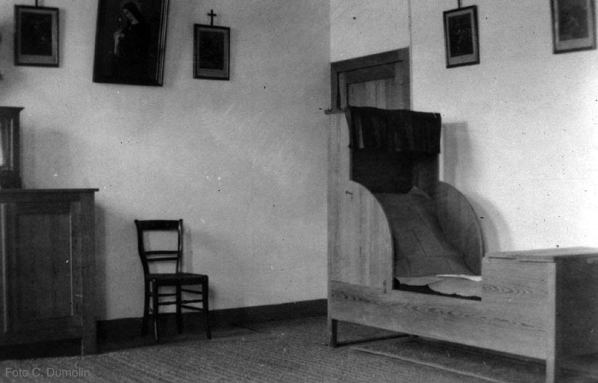 Slaapcel tot 1952. Arme Klaren