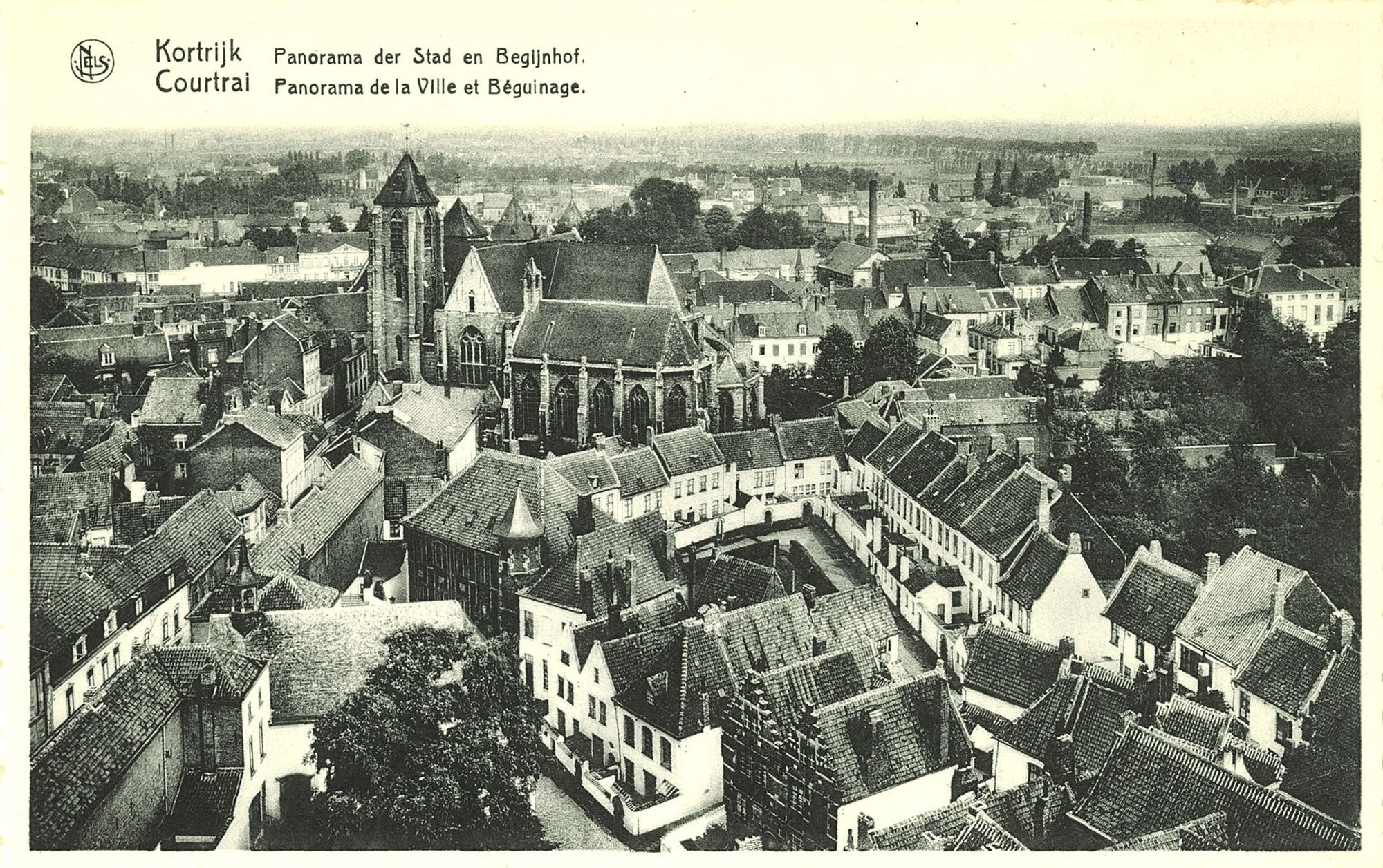 Begijnhof en de Onze-Lieve-Vrouwekerk