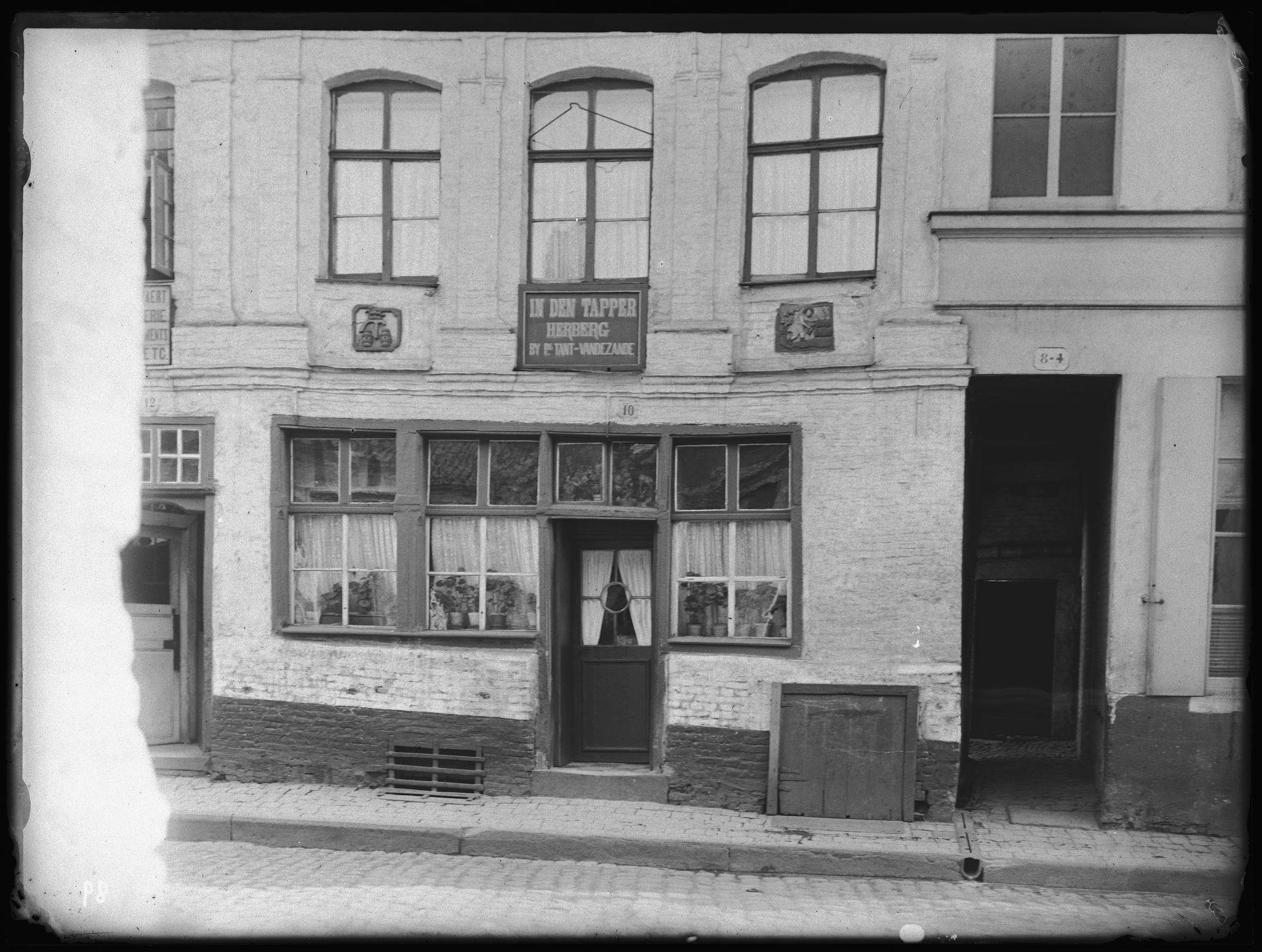 Café In den Tapper in de Vaartstraat