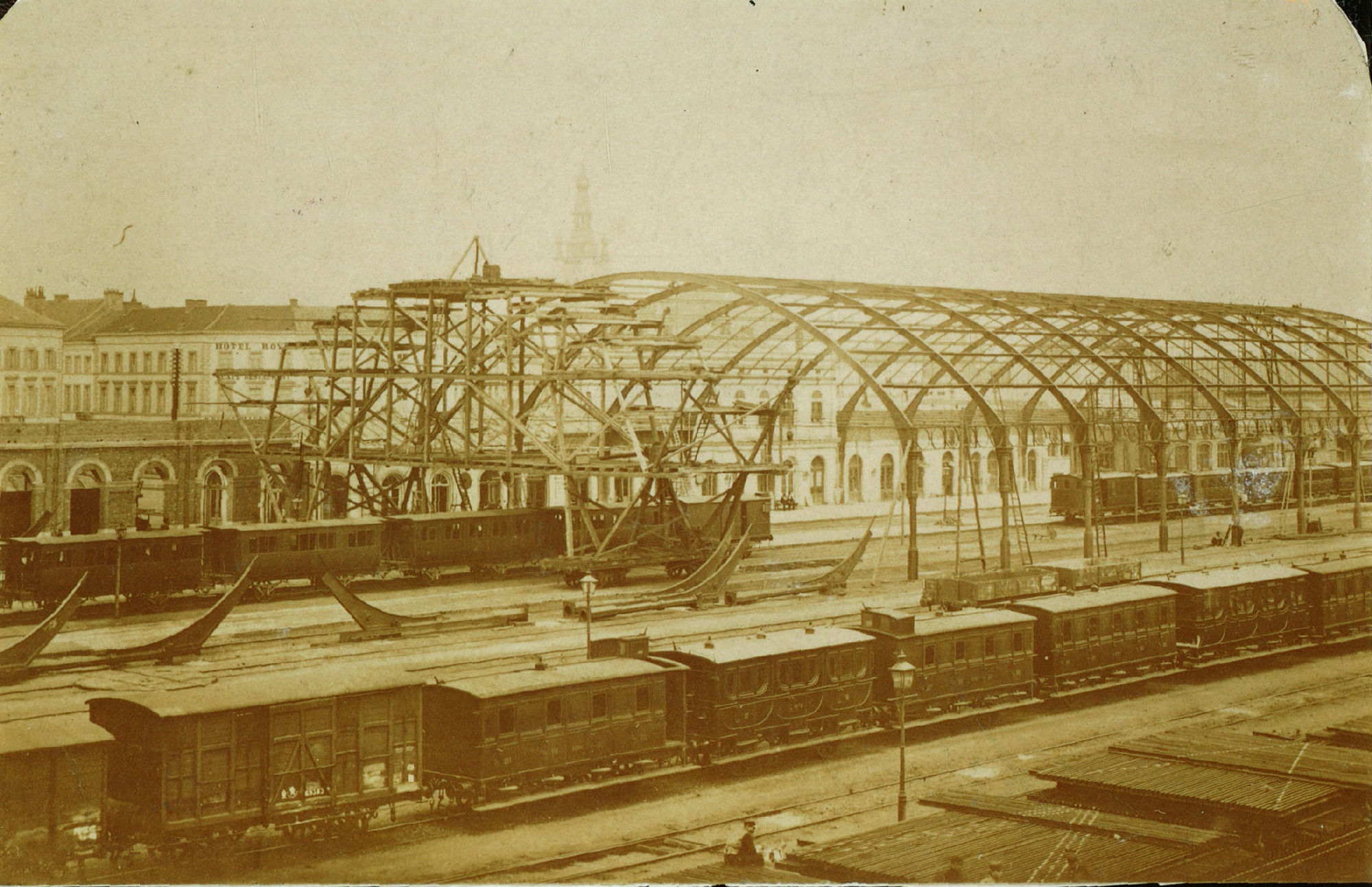 Optrekken van de Marquise van het station