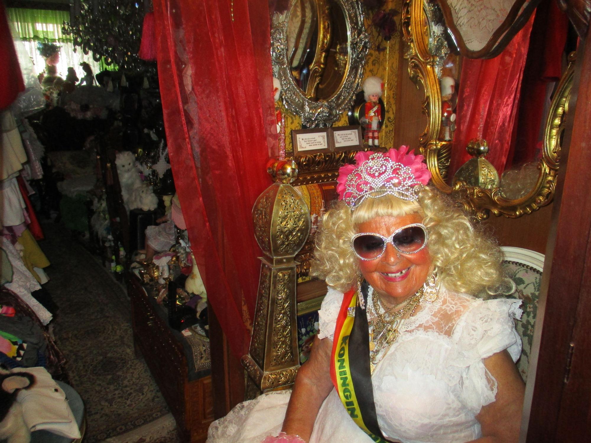 koningin van de rommelmarkten (1).JPG
