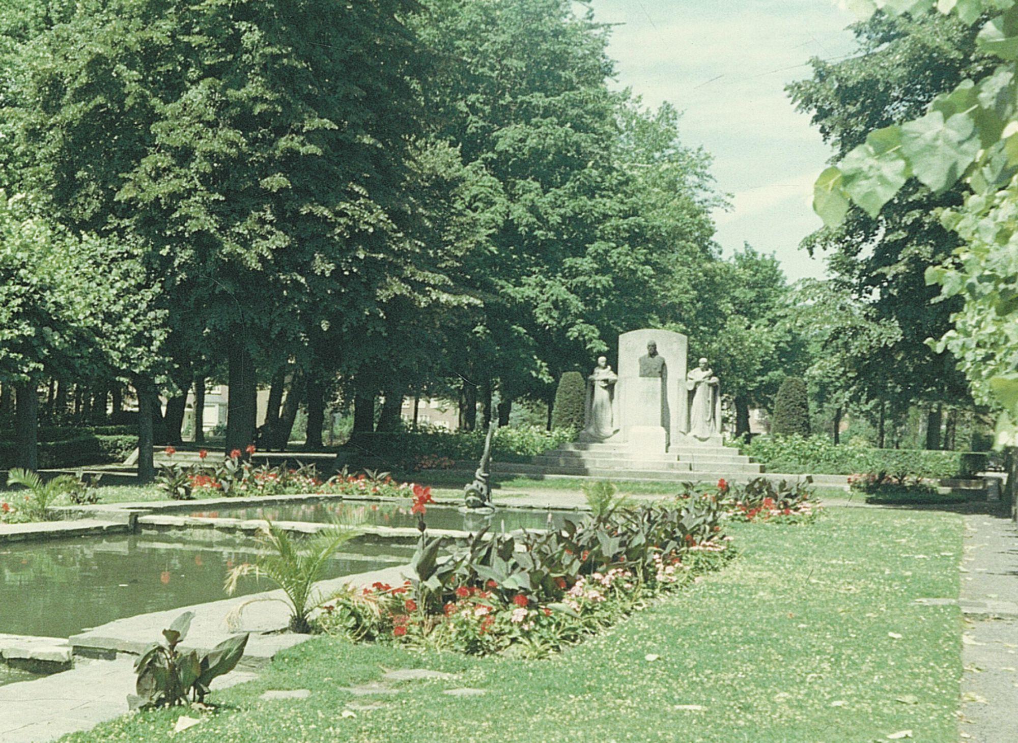 Standbeeld burgemeester Reynaert