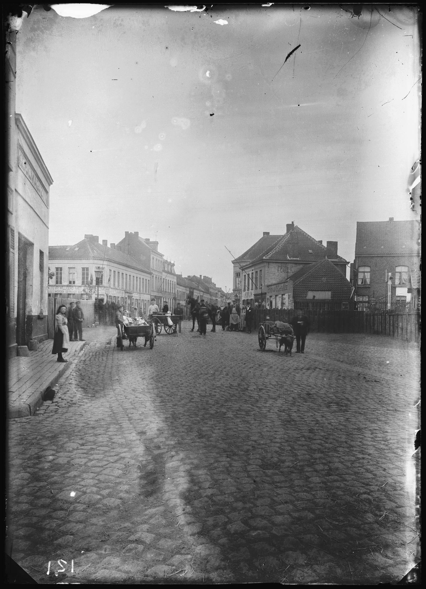 Zwevegemsestraat in 1905