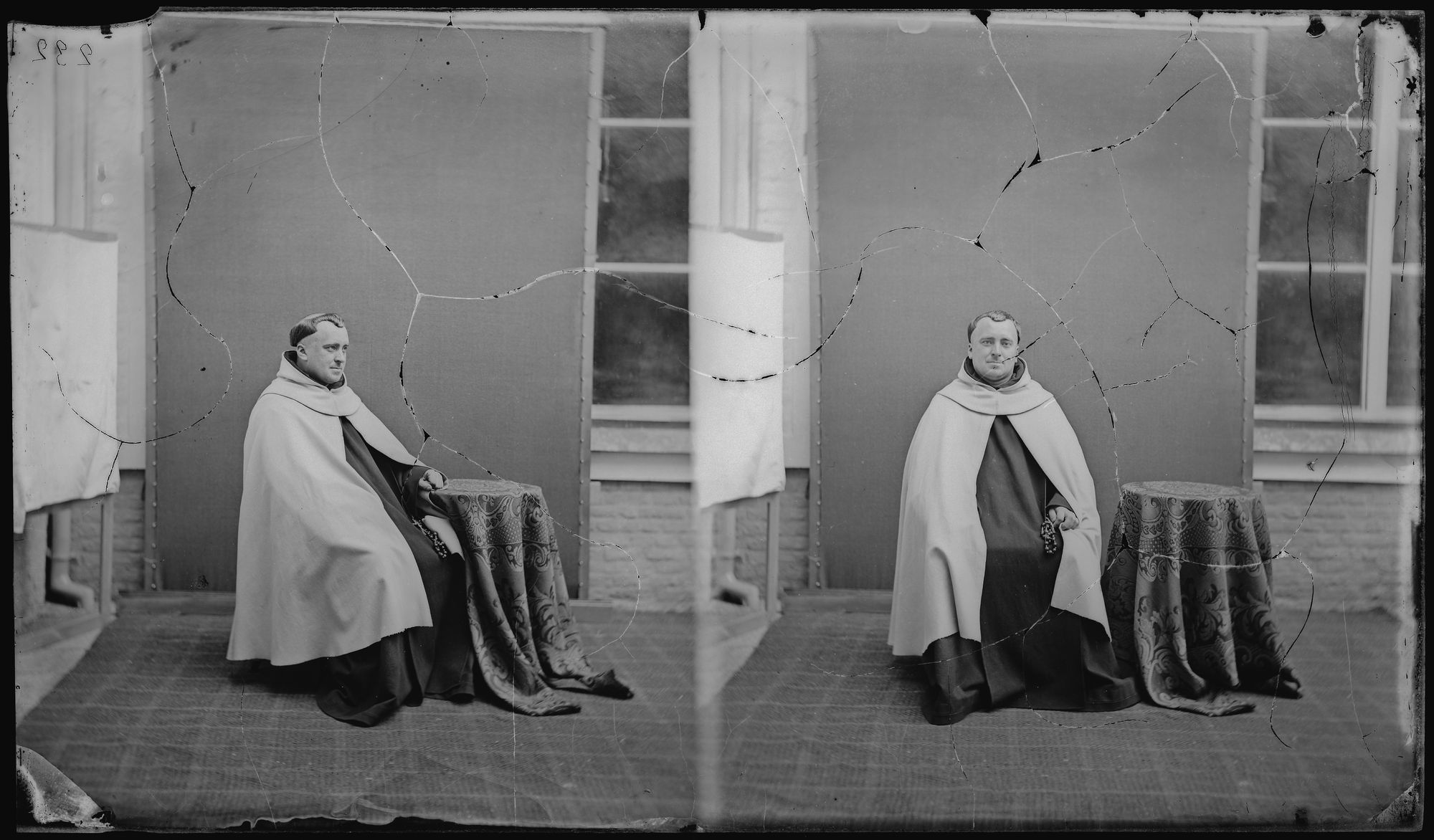 Portret van man in kerkelijk gewaad