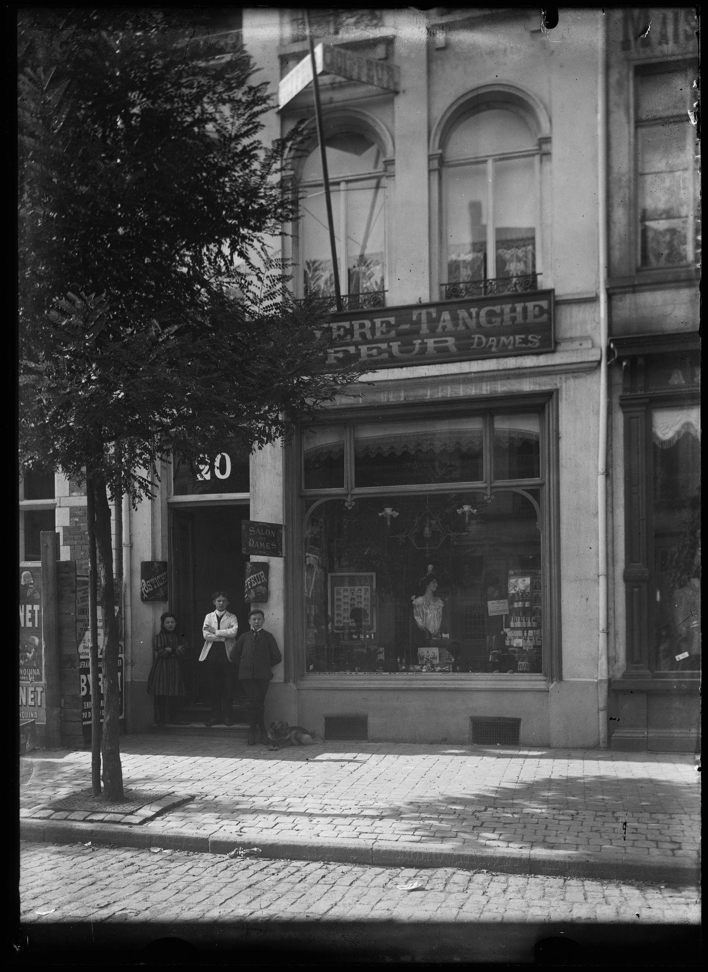 Kapsalon in de Doorniksestraat