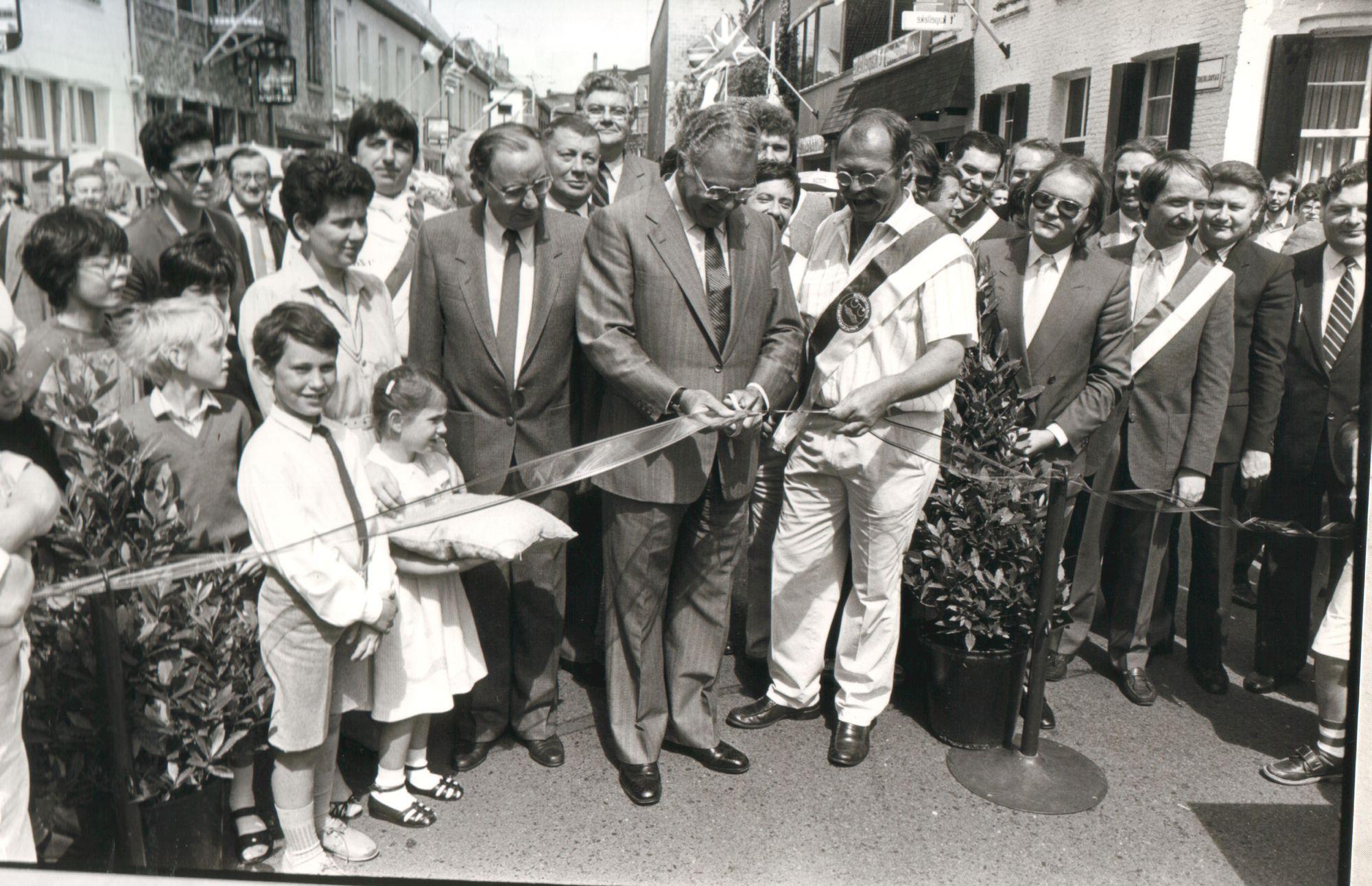 Officiele opening mirakelstraatje 1984