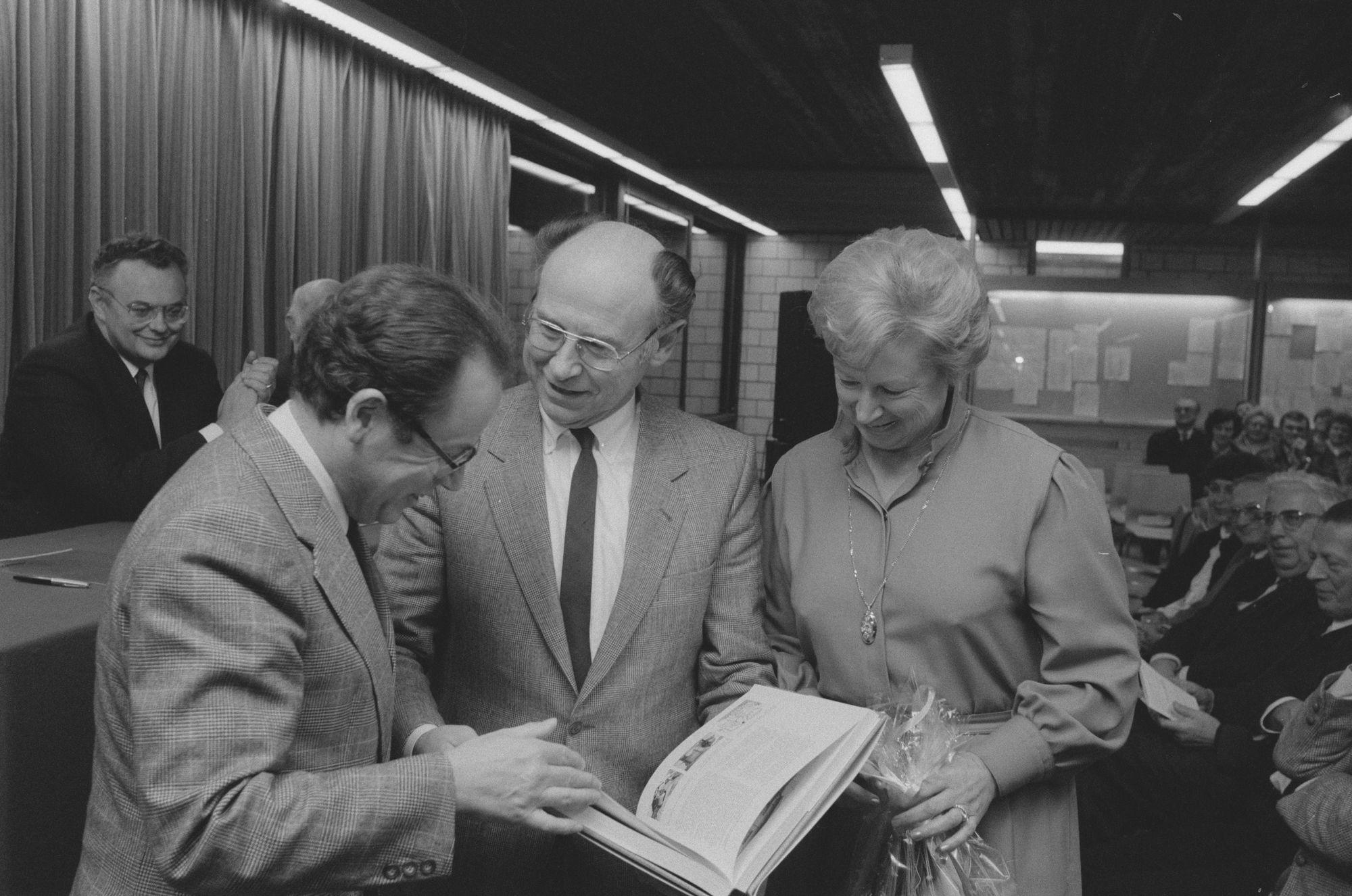 """Bert Dewilde tijdens de voorstelling van zijn boek '20 eeuwen vlas in Vlaanderen"""""""