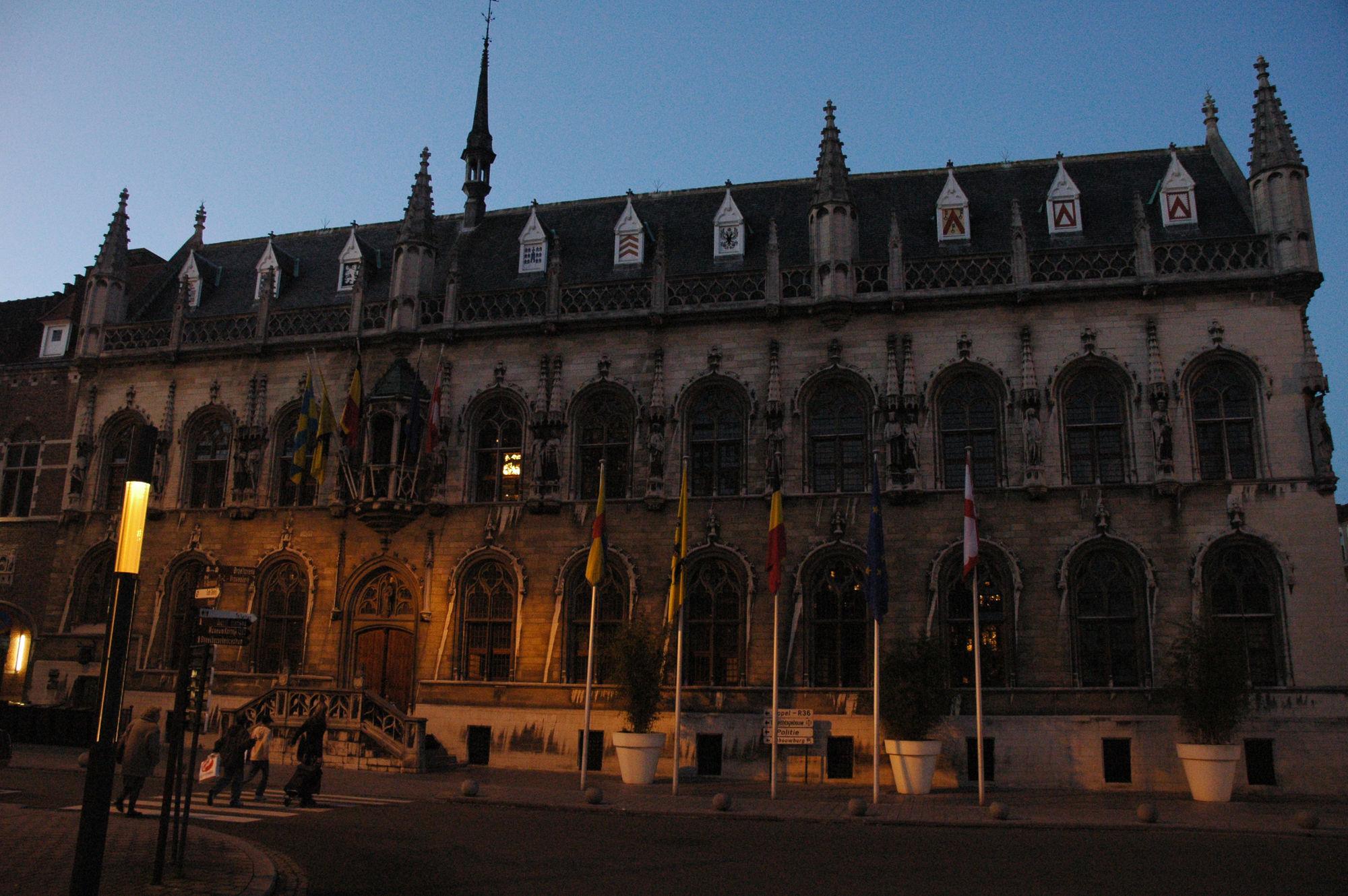 Historisch stadhuis 0
