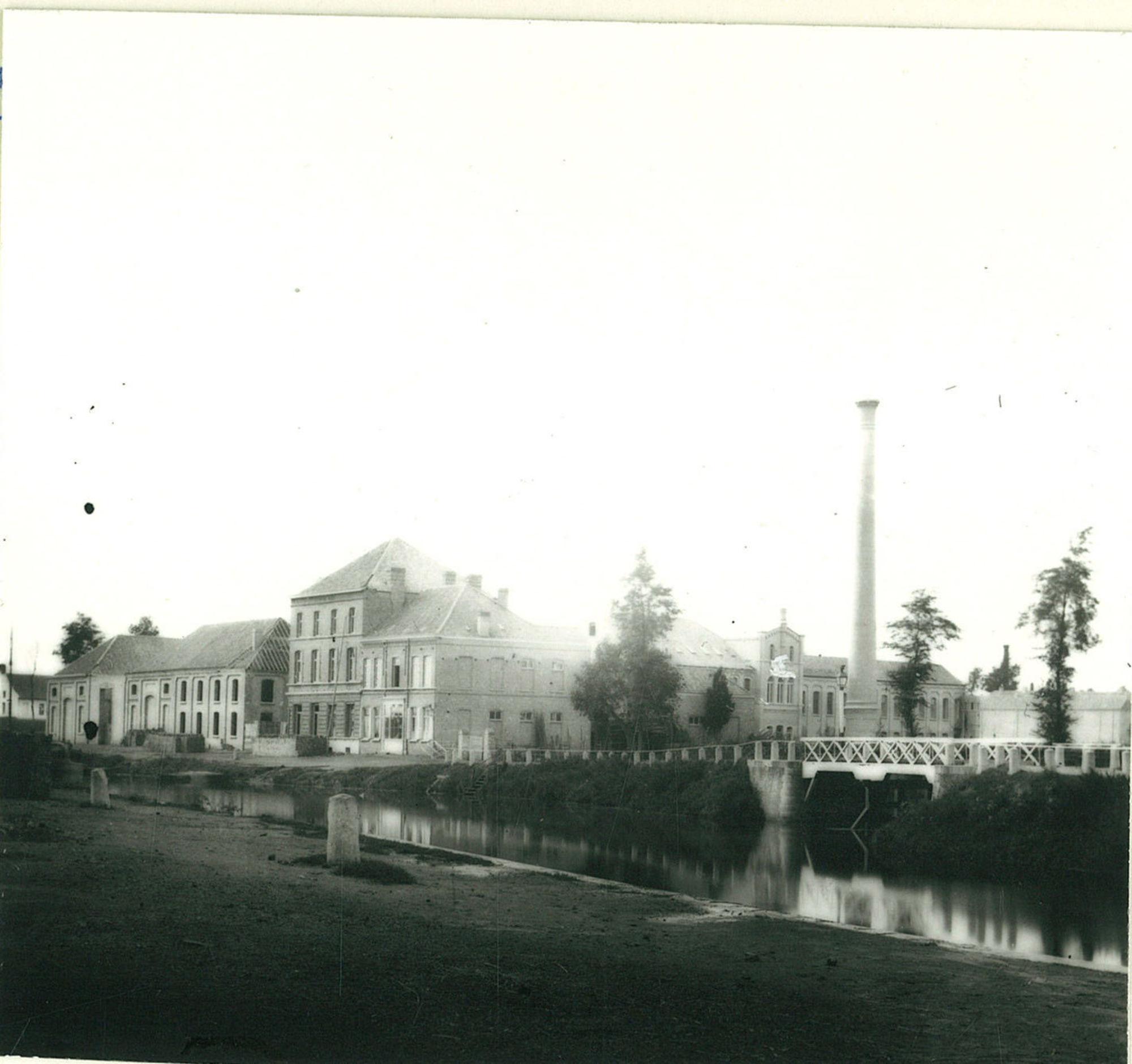 De werkhuizen Boutry-Van Ysselsteen, langs de Fabriekskaai