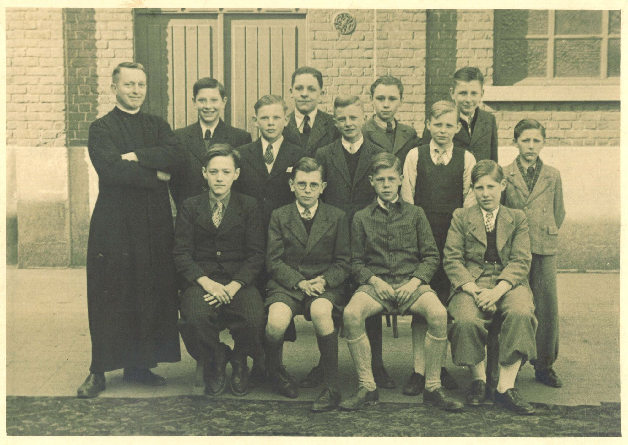 Klasfoto broeder Paulinus Neyrinck, Broederschool Overleie