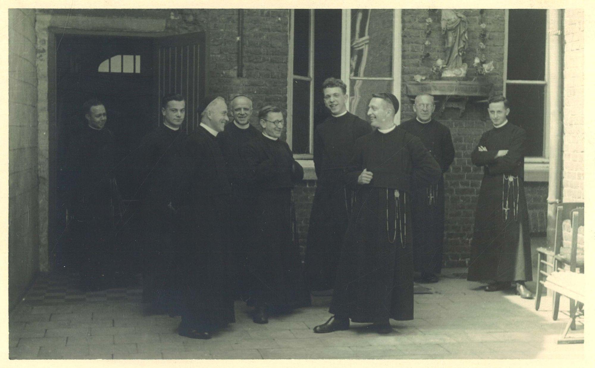 Groepsfoto Broederschool Overleie 1941-42