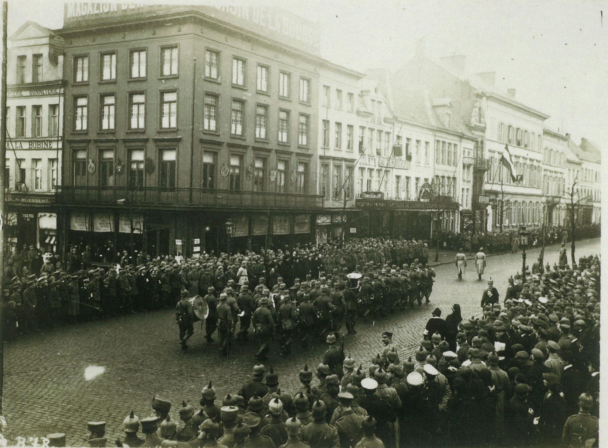 Parade op 1 november 1914
