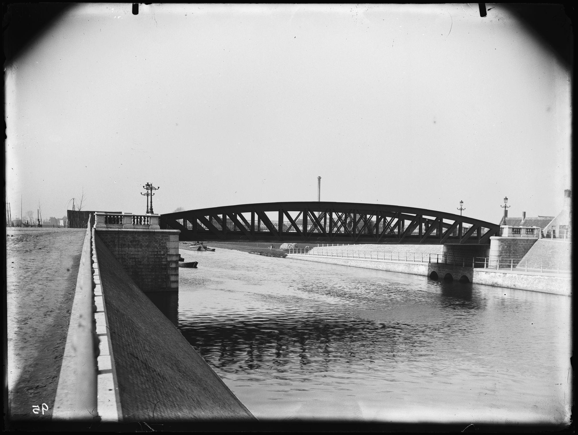 Noordbrug of Gerechtshofbrug in 1892