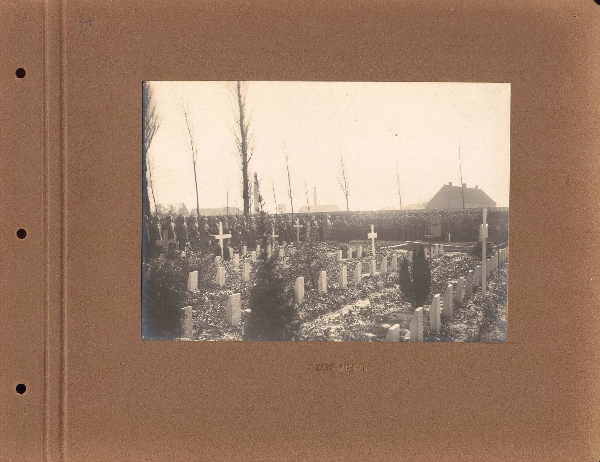 Het militair kerkhof .