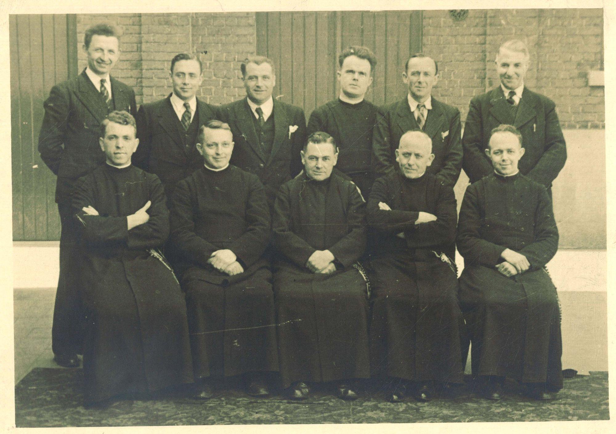 Groepsfoto Broederschool Overleie 1946