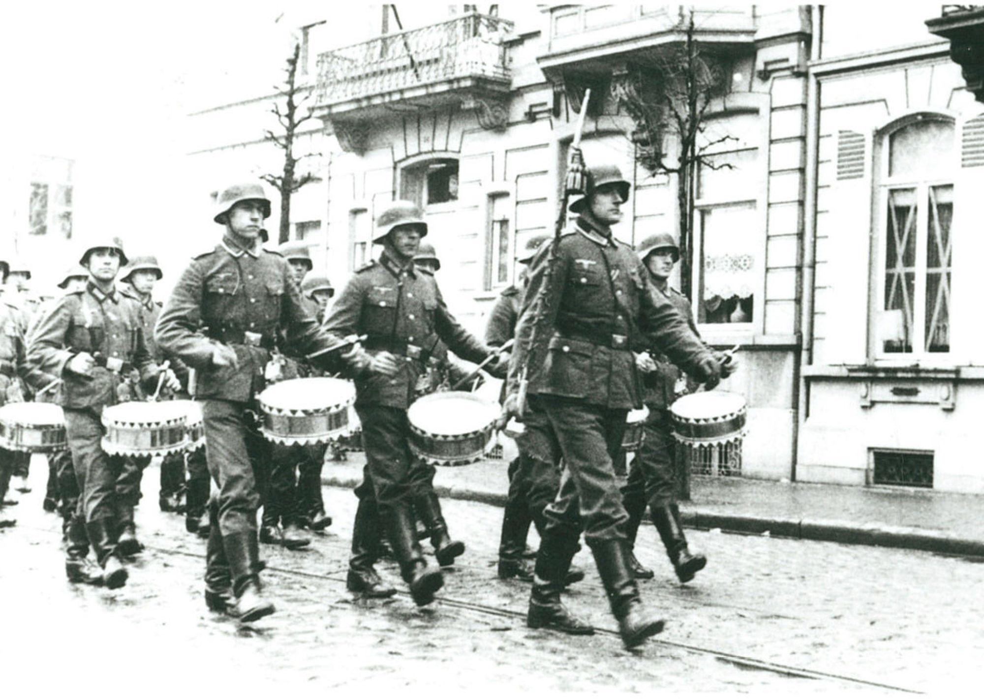 Afscheidsparade voor Generaal Reinhard 1941