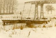 Sint Pietersophaalbrug over de oude vaart Bossuit-Kortrijk te Moen 1985