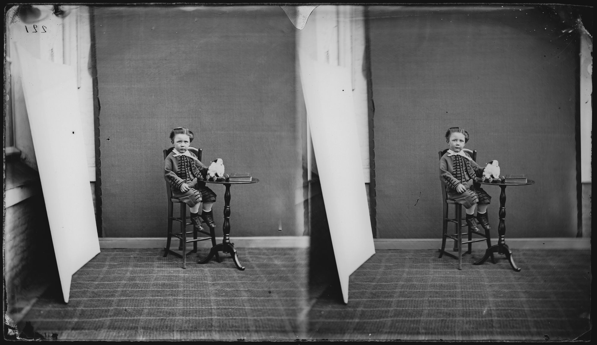 Portret van kind in kostuum