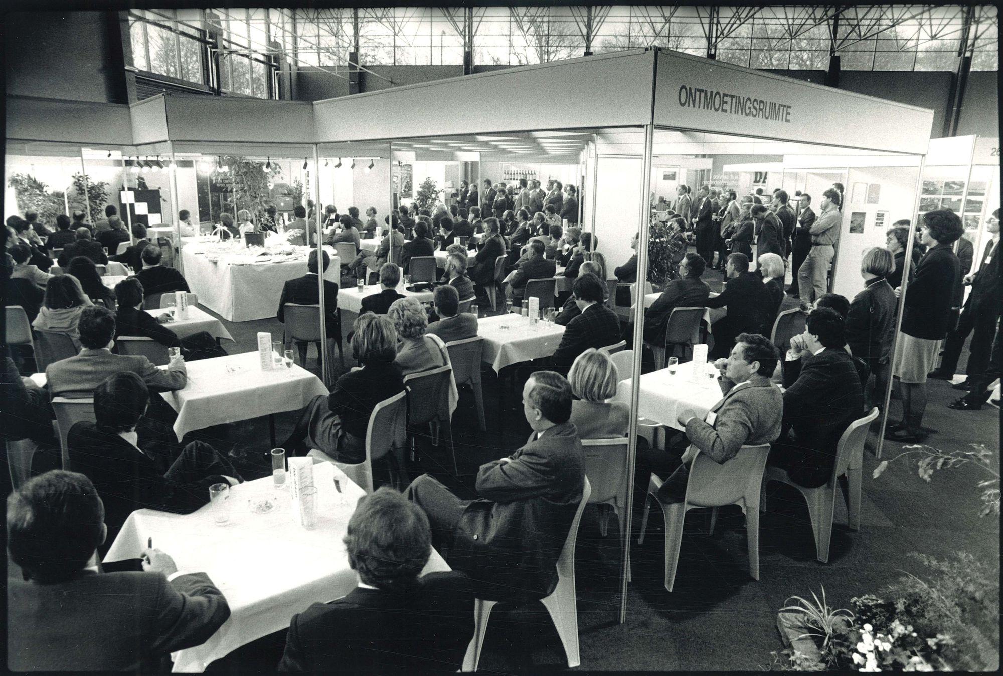 Bedrijven Kontaktdagen 1988