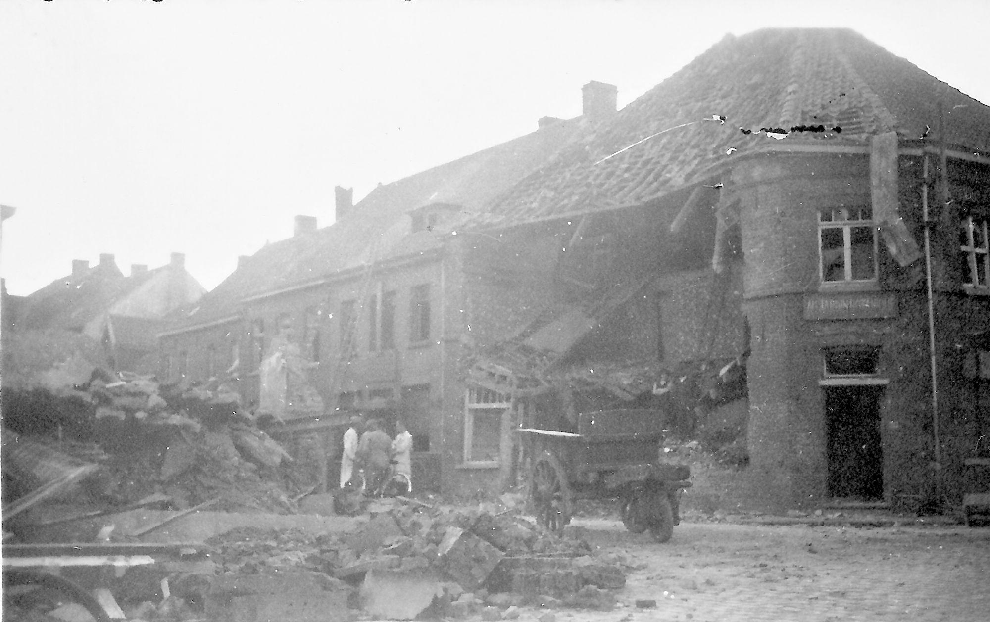 Bombardementen 1943 Rekkemsestraat Marke