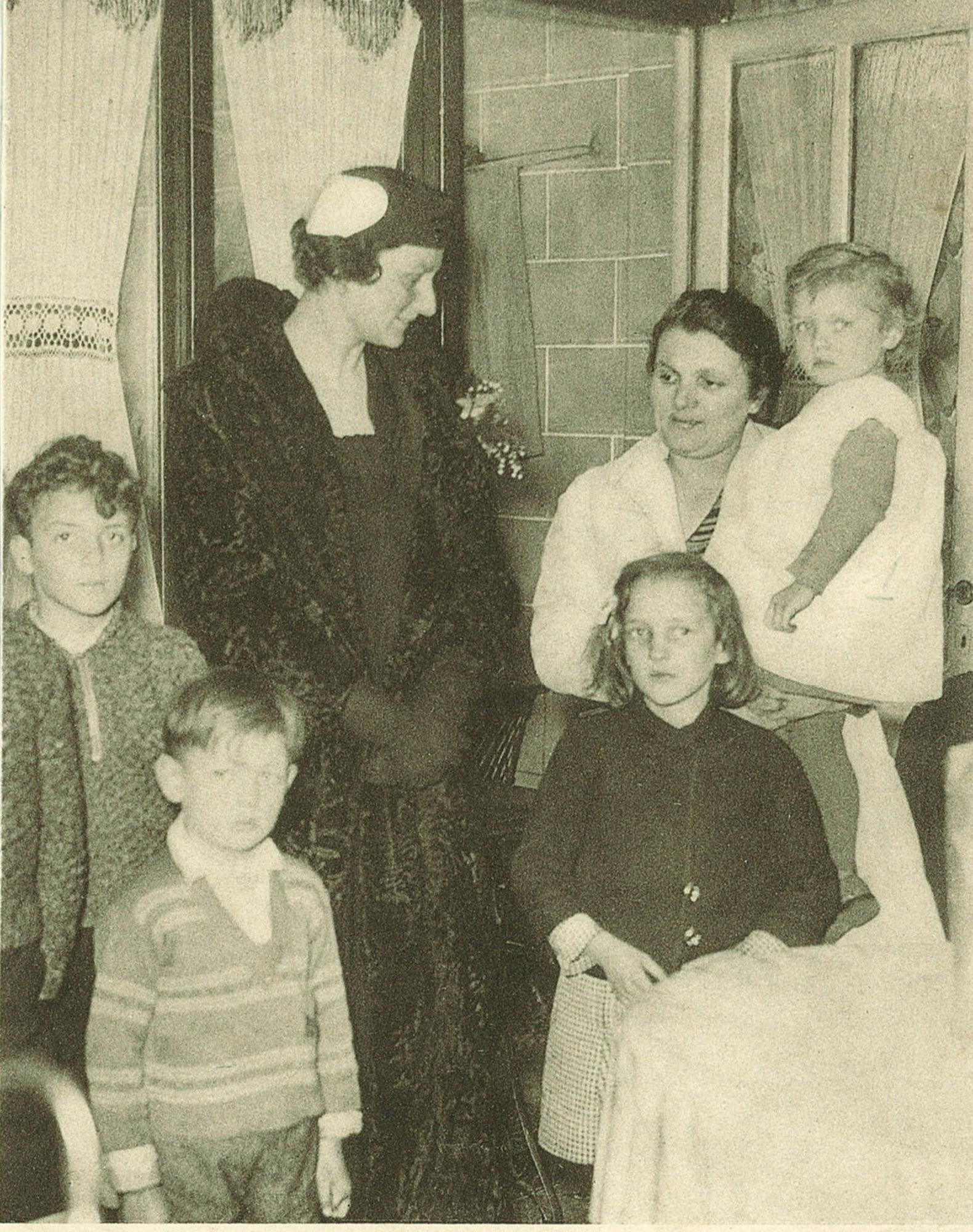 Koningin Astrid bij familie Deprez