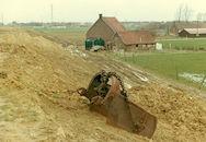 Doorsijpelen van het kanaalwater van het kanaal Bossuit-Kortrijk in Zwevegem 1968