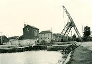 Ophaalbrug aan het sluis Nr. 9 over het kanaal Bossuit-Kortrijk aan de Visserskaai 1940