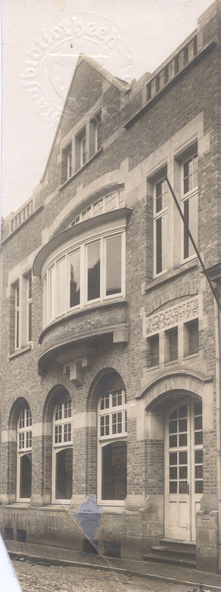 Café Vlaams Huis in de Groeningestraat
