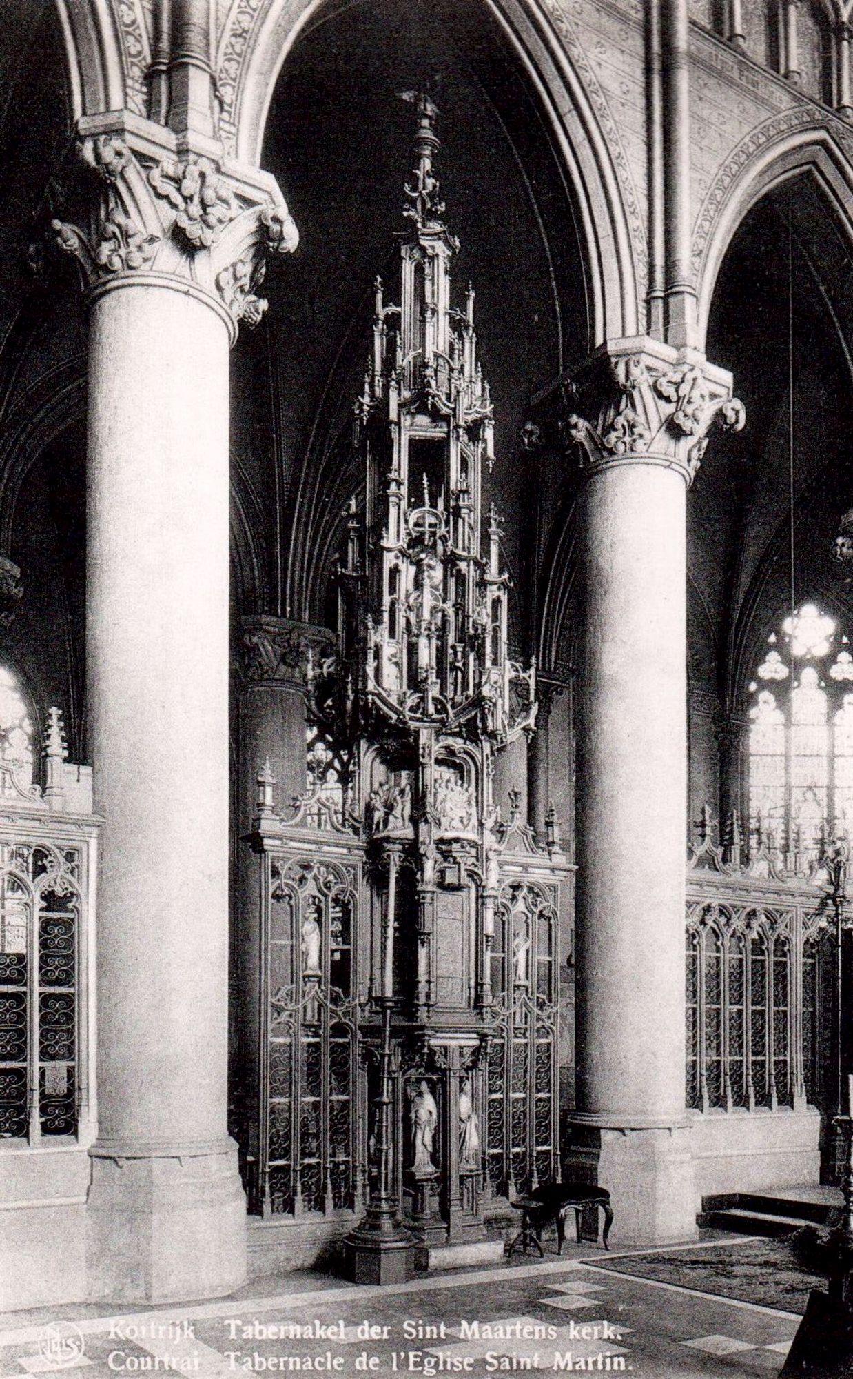 Sacramentstoren in de Sint-Maartenskerk