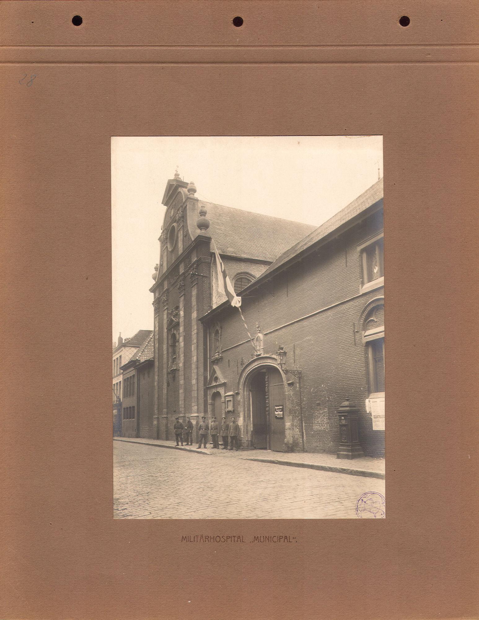 Onze-Lieve-Vrouwehospitaal in 1916