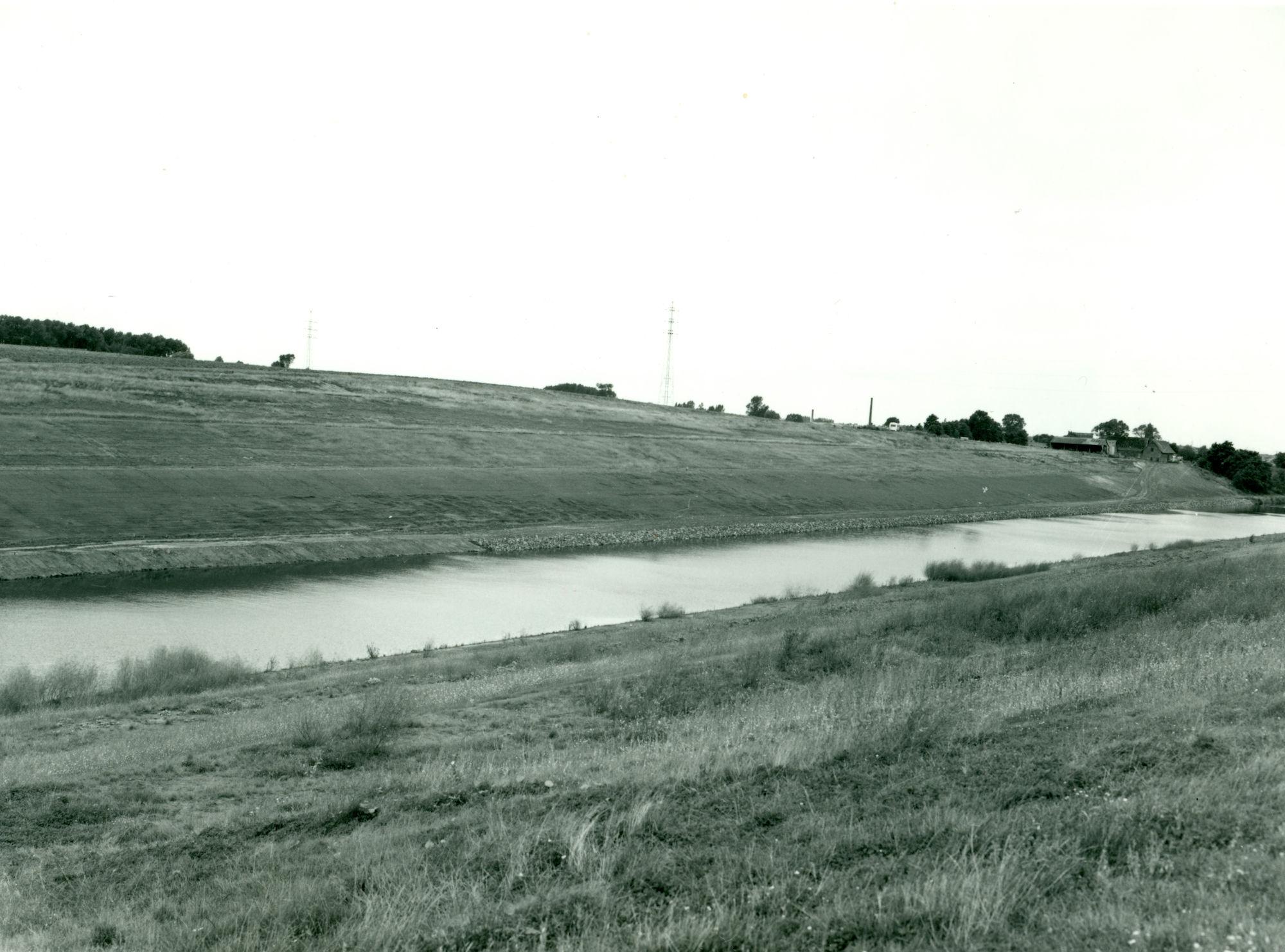 Kanaal Bossuit-Kortrijk te Moen 1973