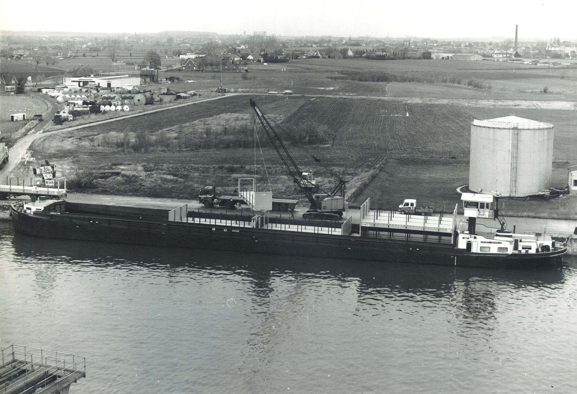 Proeflading voor containerschip te Avelgem 1986