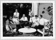 Westflandrica - De familie van Stijn Streuvels in de tuin van het Lijsternest