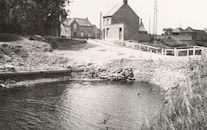 Vaste overgang na vernieling brug over kanaal Bossuit-Kortrijk in Zwevegem-Knokke 1940