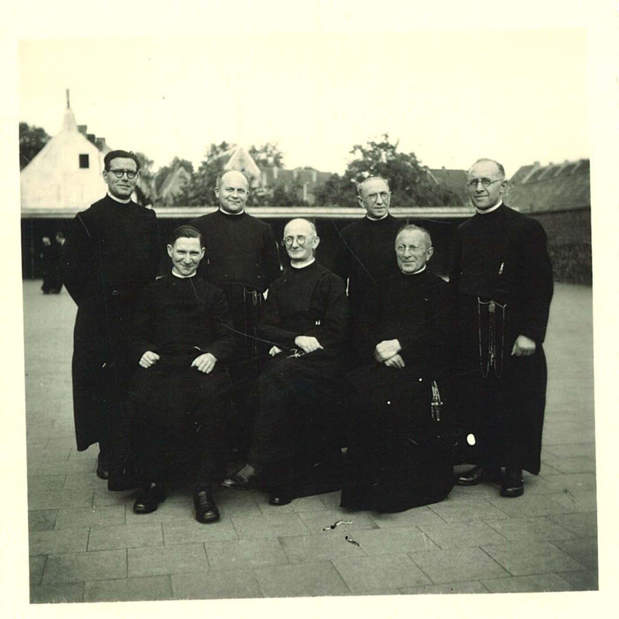 Broederschool Overleie groepsfoto broeders
