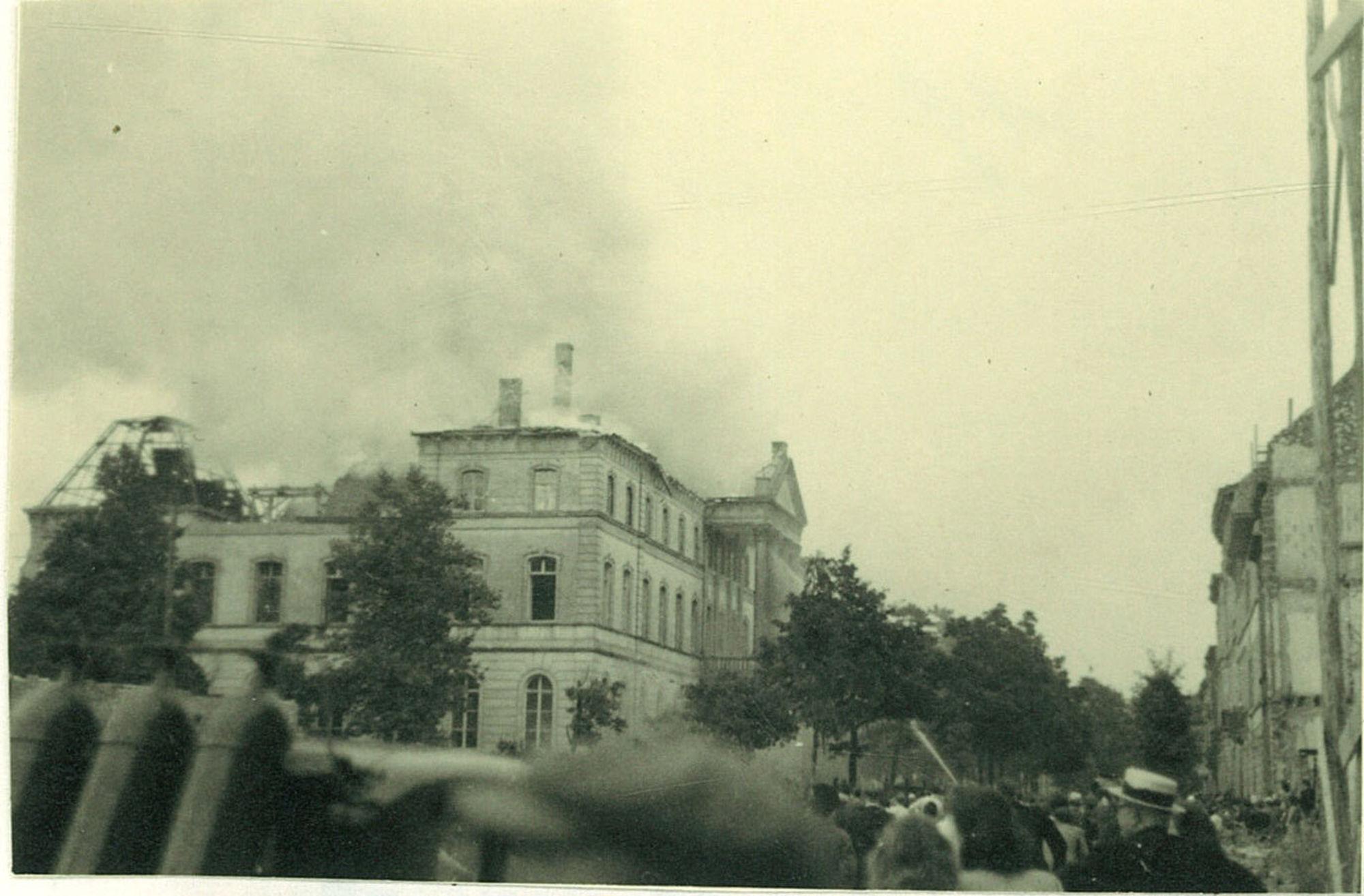 Het gerechtsgebouw in de Burgemeester Nolfstraat