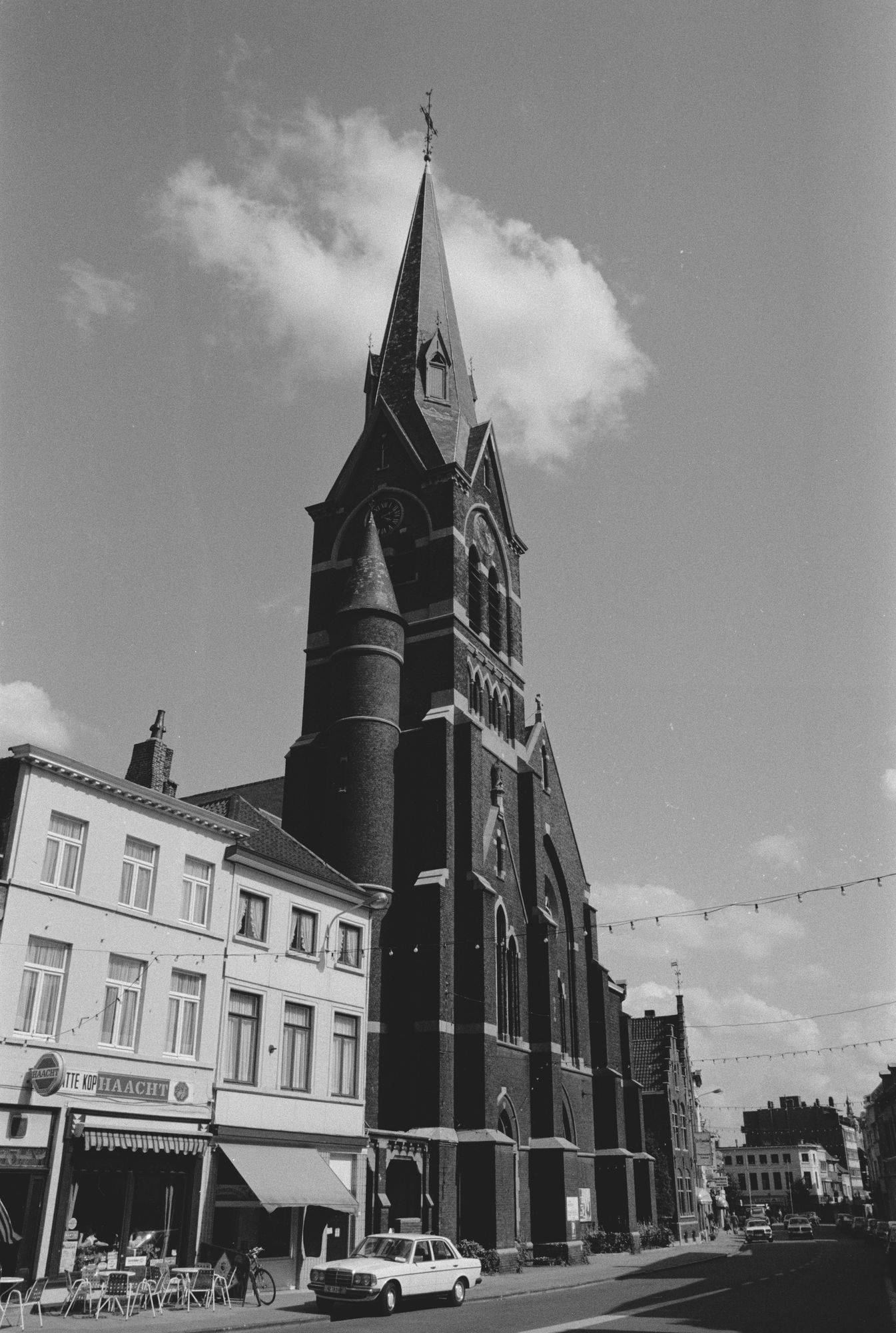 Stadsbeelden: Sint-Elooiskerk