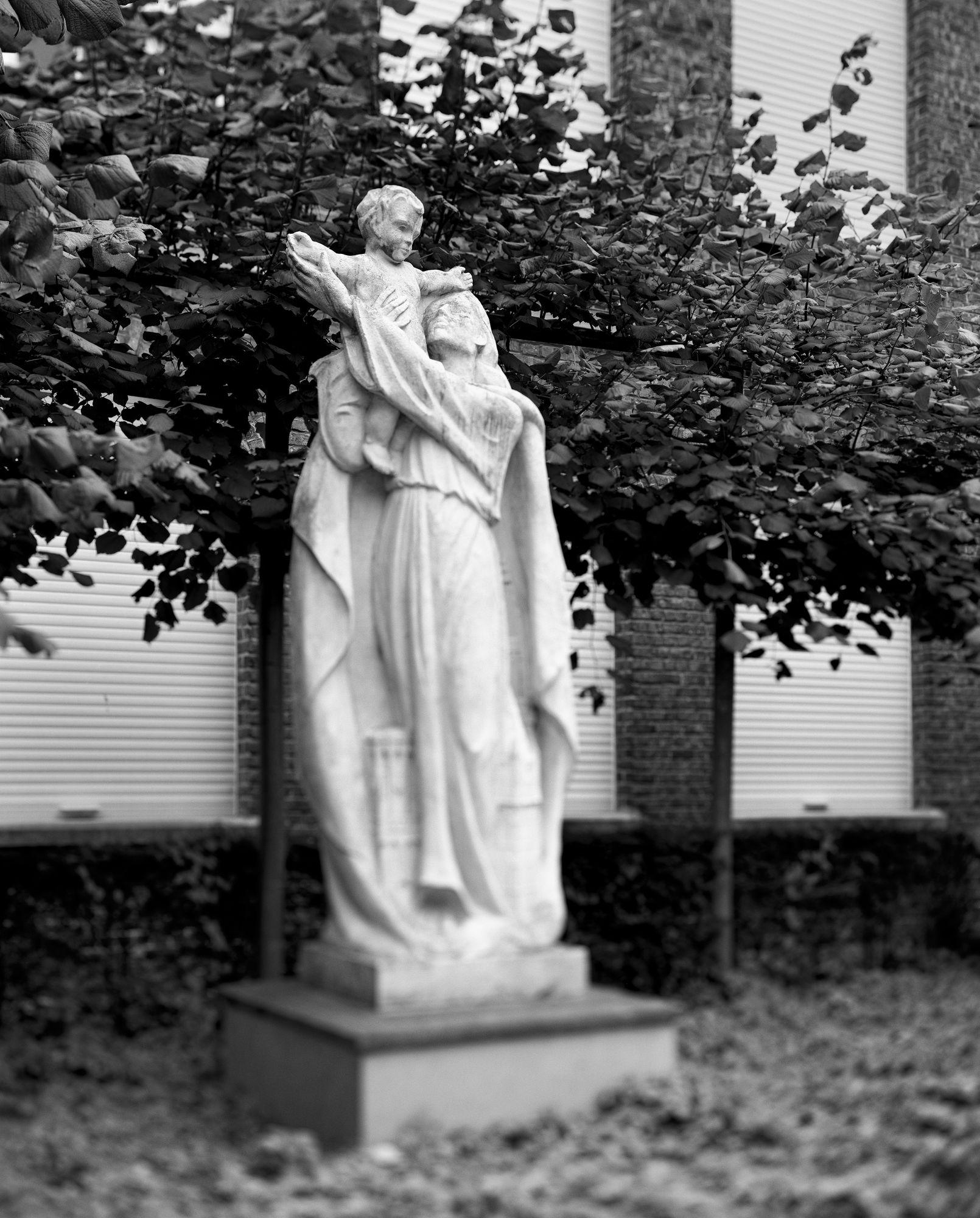 Onze-Lieve-Vrouw van Vlaanderen
