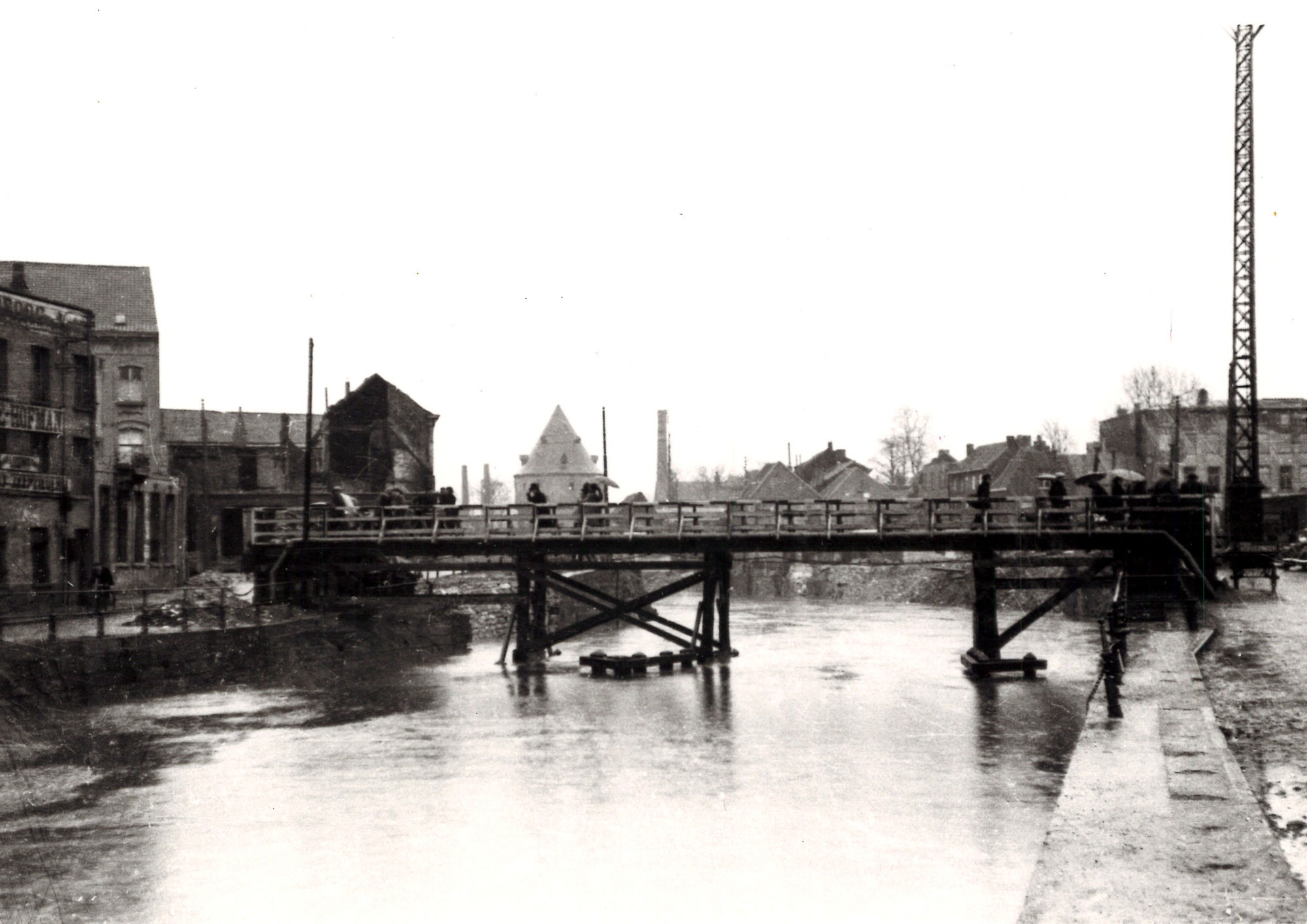 Leiebrug (noodbrug) 1945