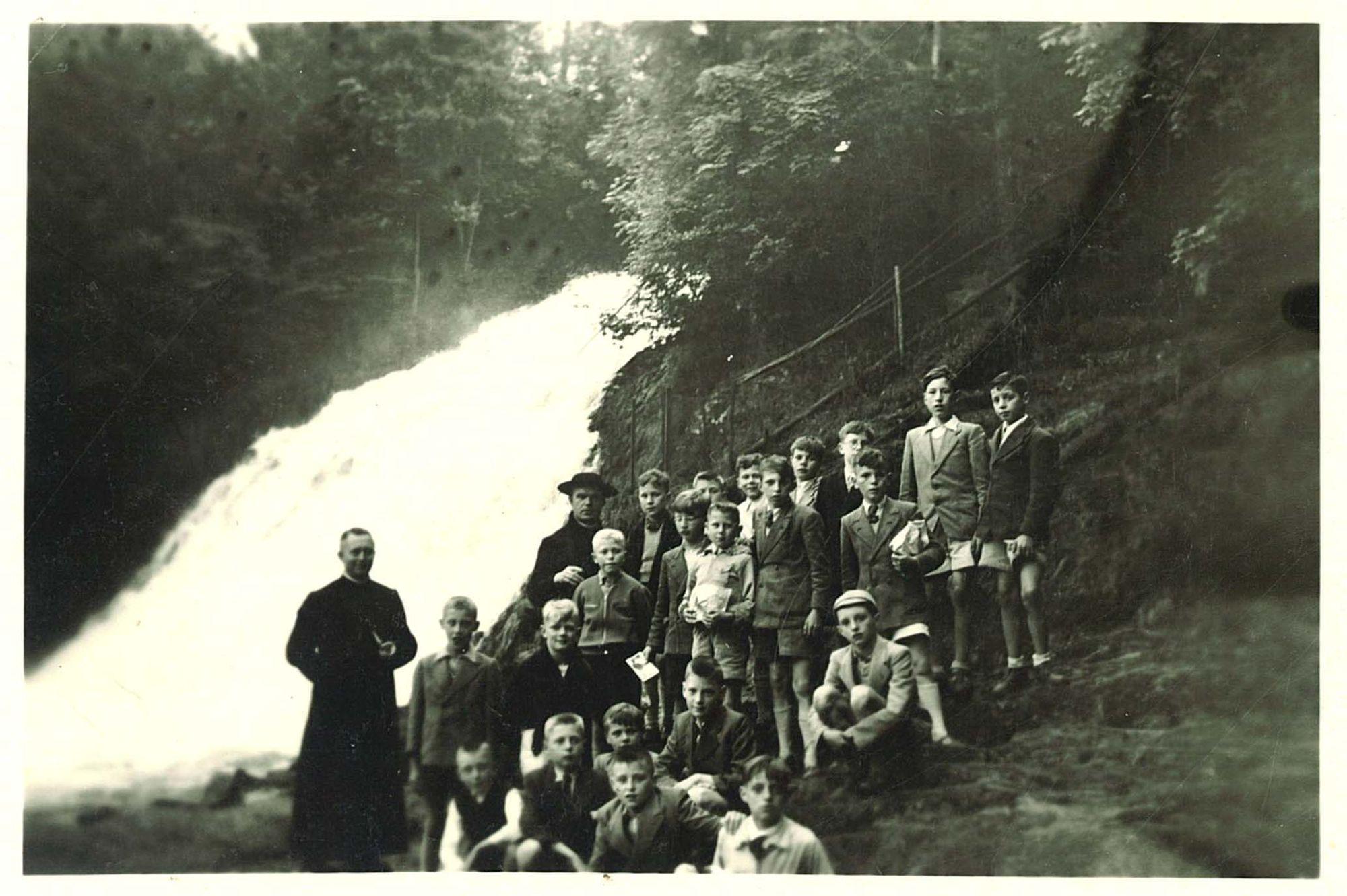 Groepsfoto schoolreis Broederschool Overleie