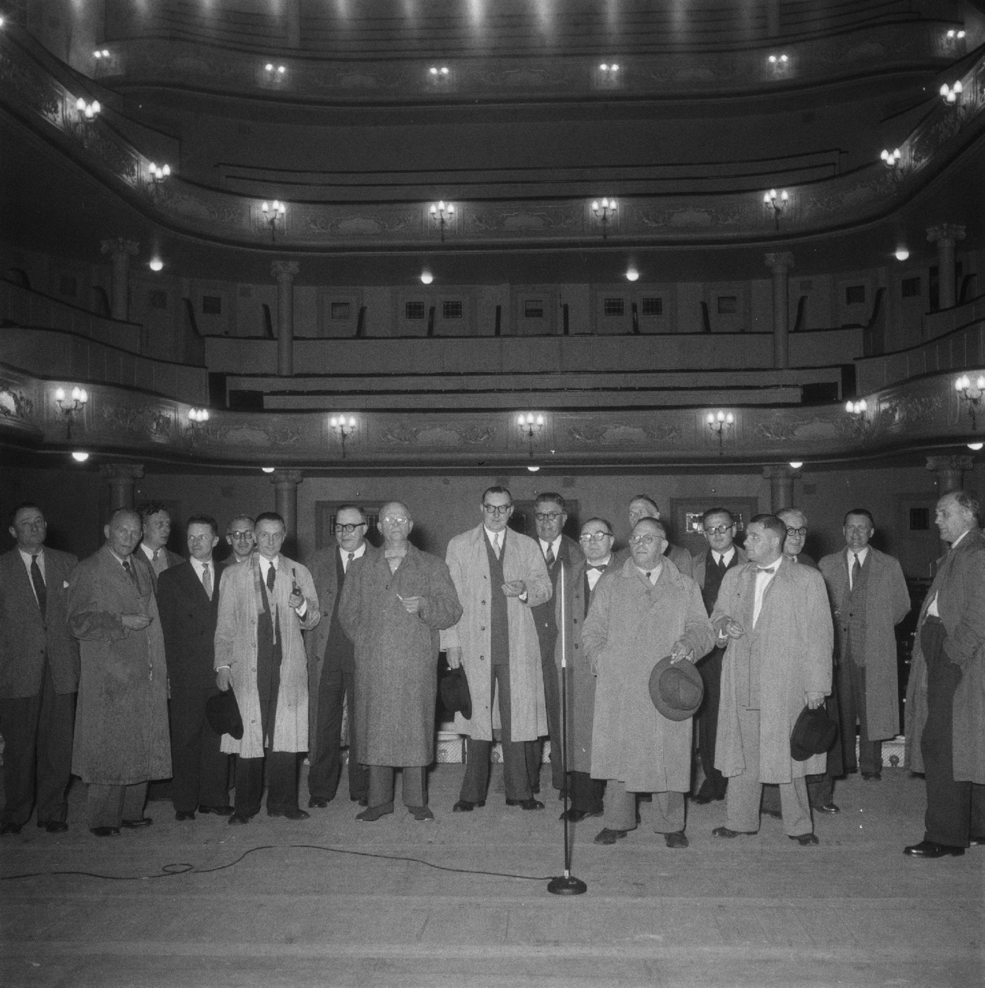 De Schouwburg in 1955