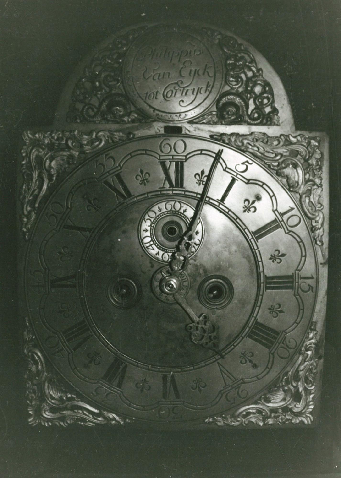 Staande klok Philippe Van Eyck