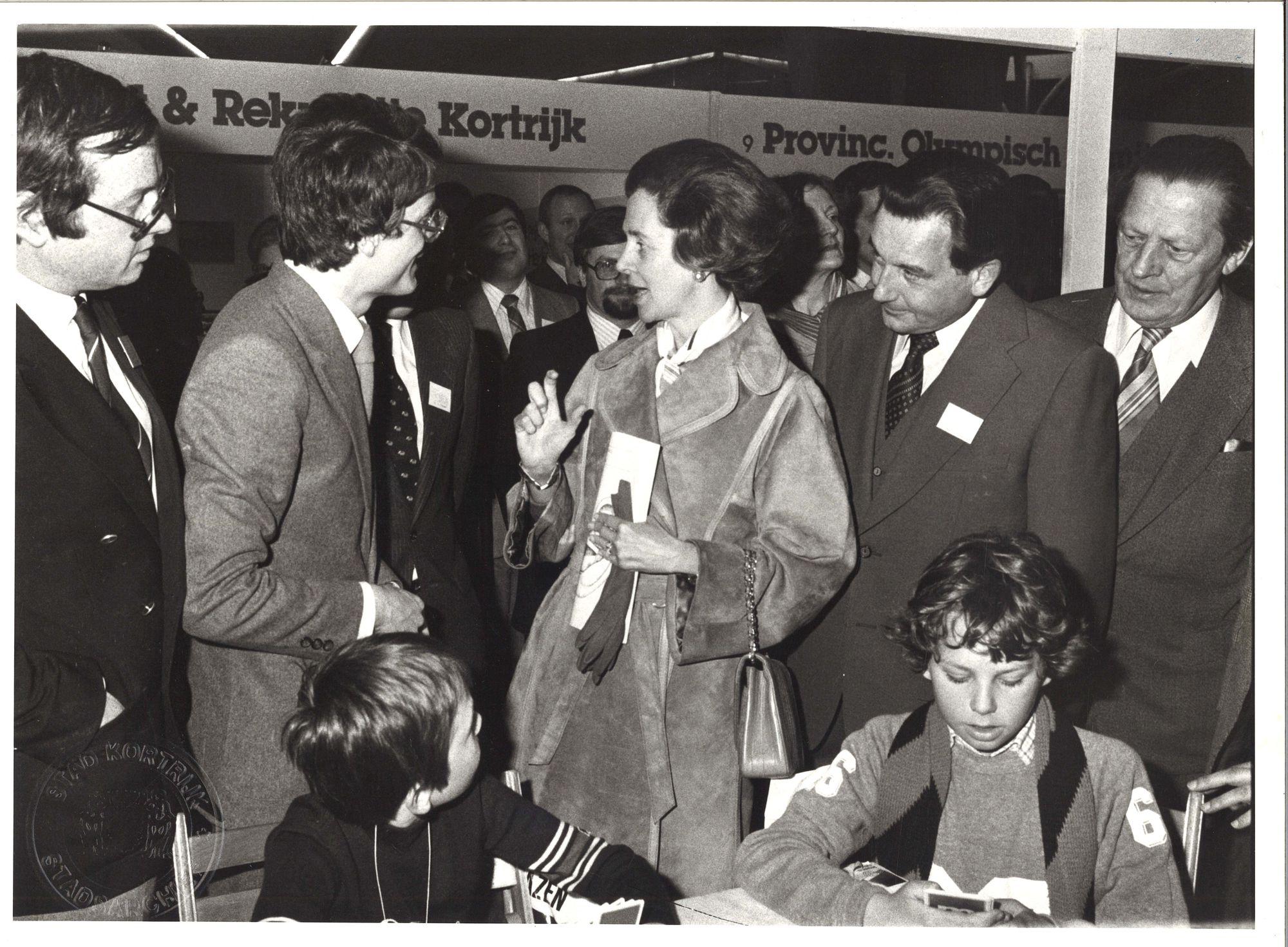 Koningin Fabiola op bezoek in de Kortrijkse Hallen 1980