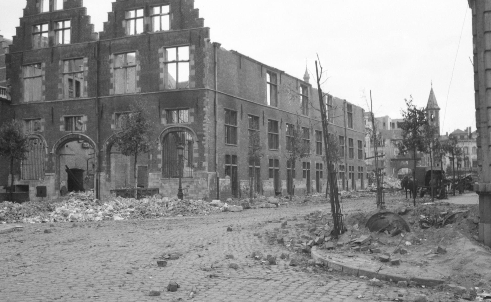Schouwburgplein in 1944