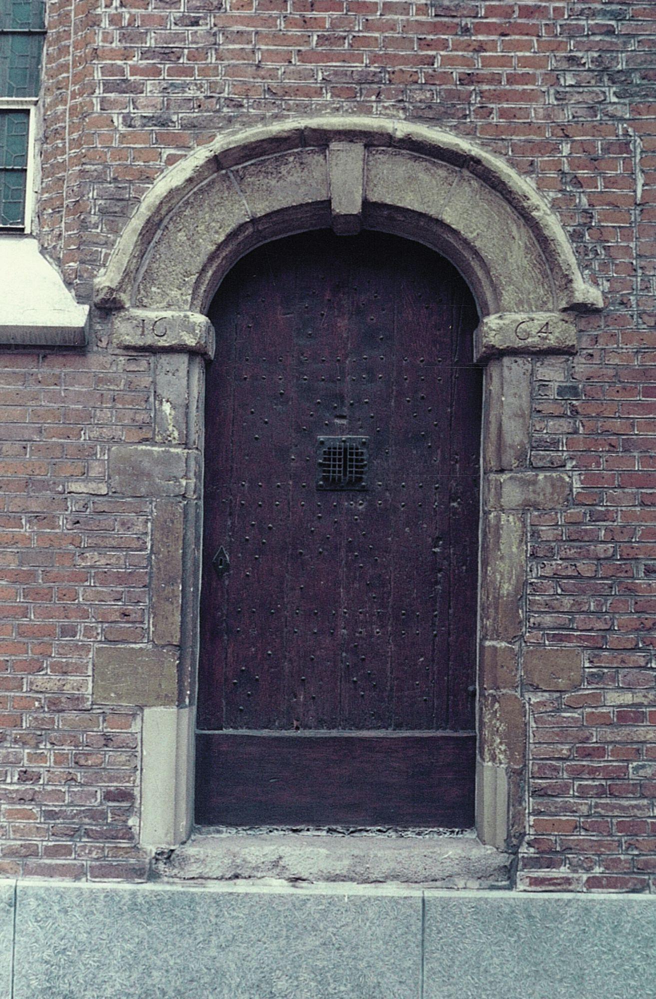 Portaalt Sint-Niklaaskapel