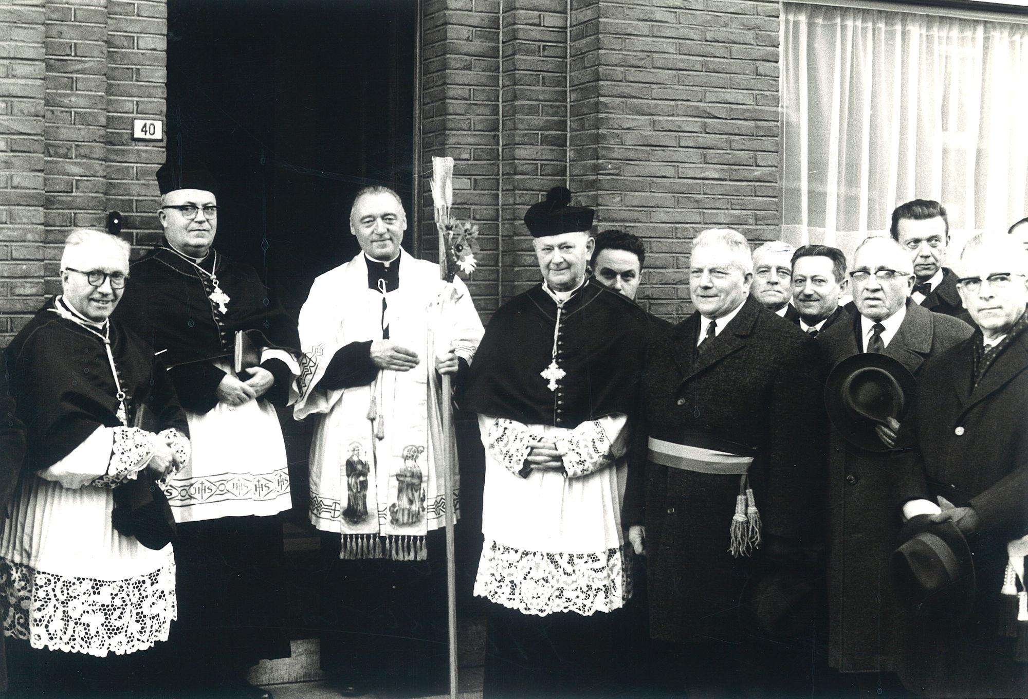 E.H. Devogelaere pastoor